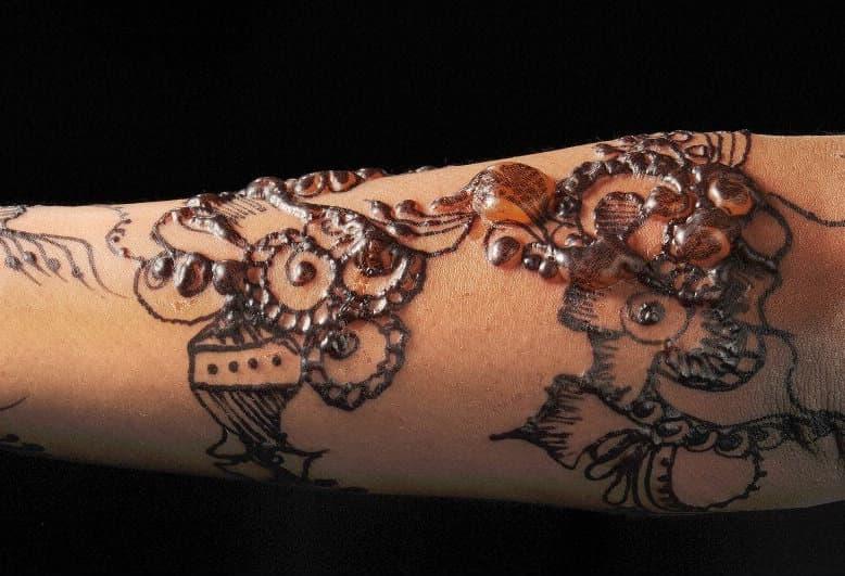 henna-blister-featured.jpg
