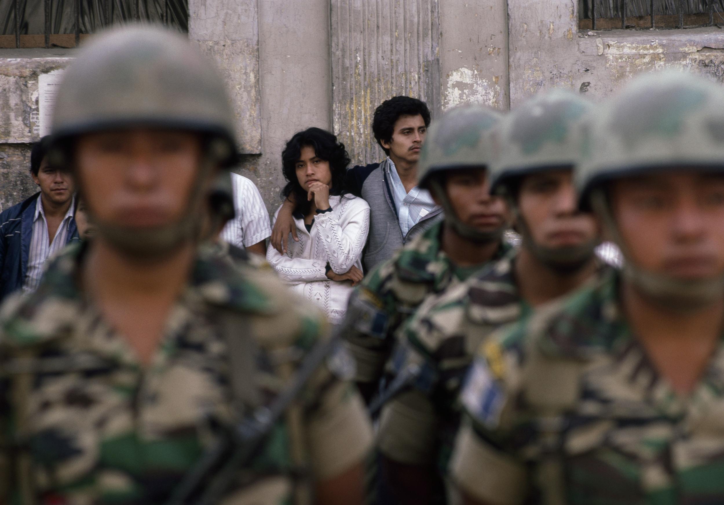 couple behind troops.jpg