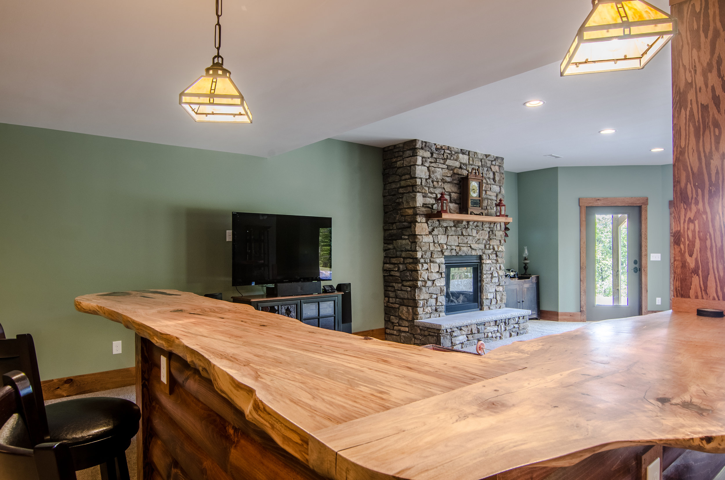 Black Mountain Custom Log cabin
