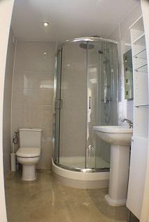 Arc en Bas - salle de douche.jpg