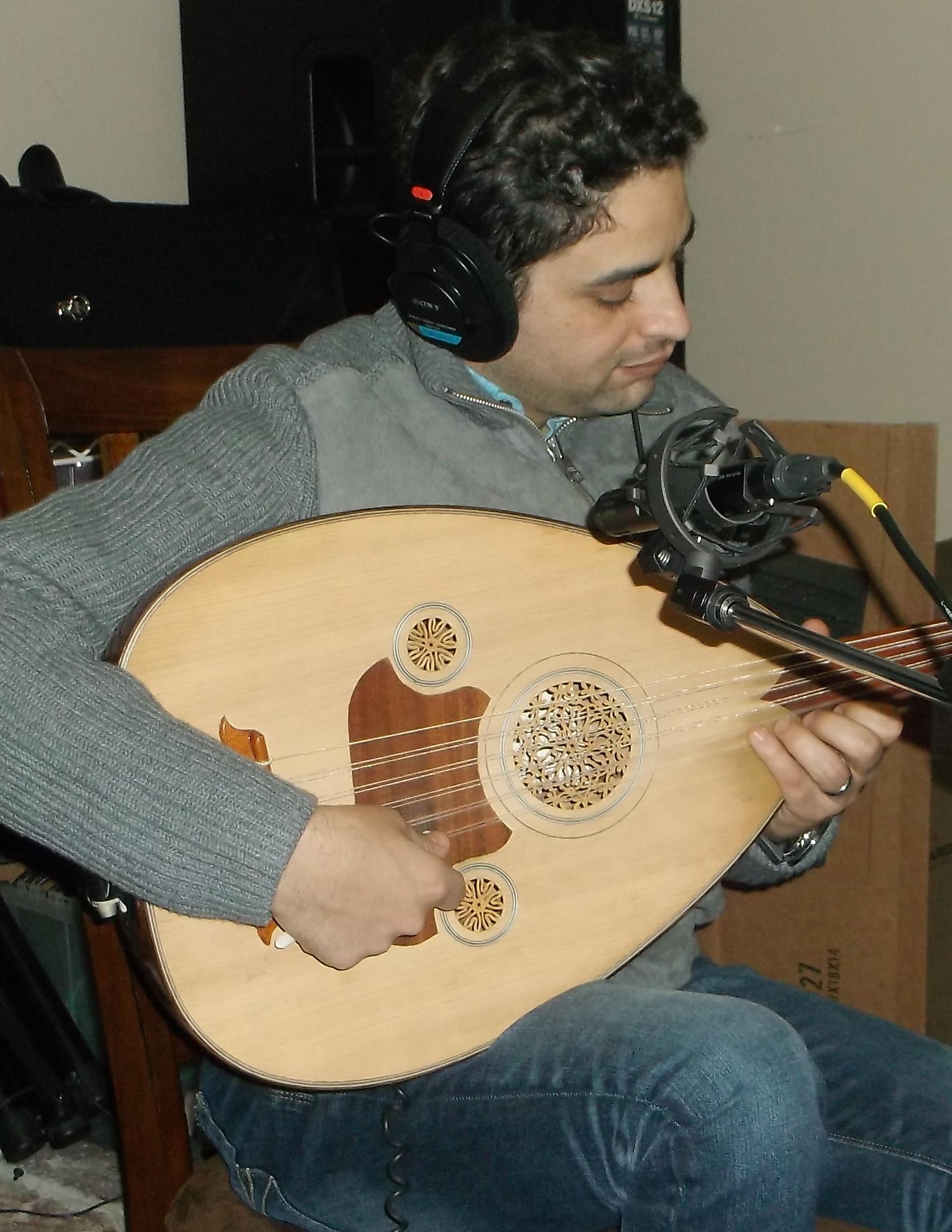 Chakib Hilali, Oud