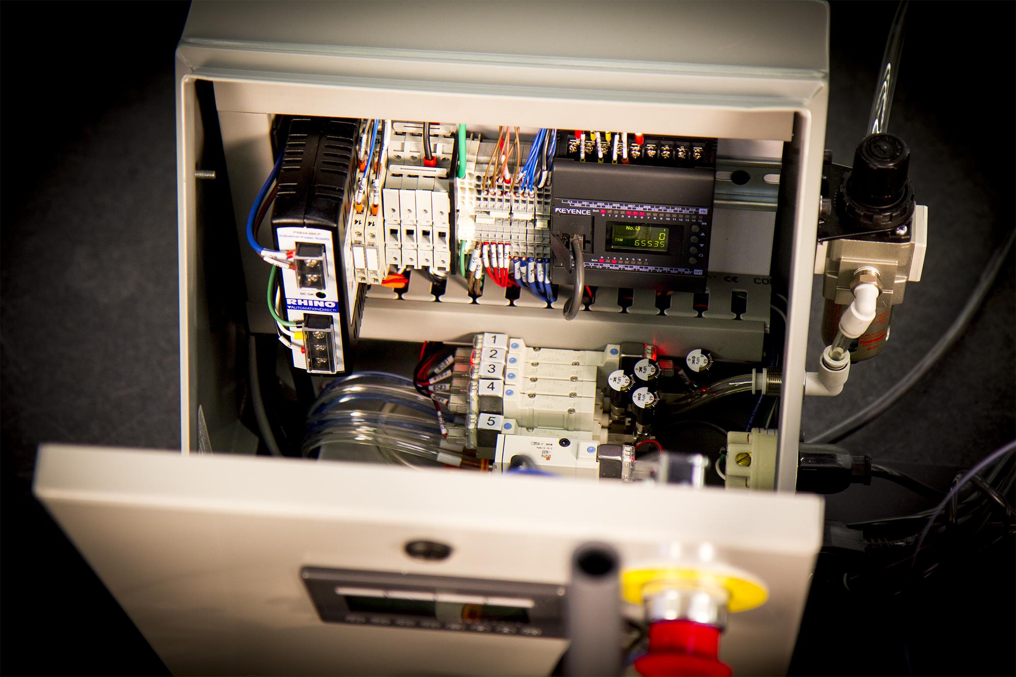 Automated Crimper 08.jpg