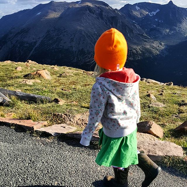 #exploring at Forest Canyon Overlook  #shedressedherself #boots #mountains #tundra #rockies #nature #rmnp #toddlertravel #view #wherearethepika #🐿