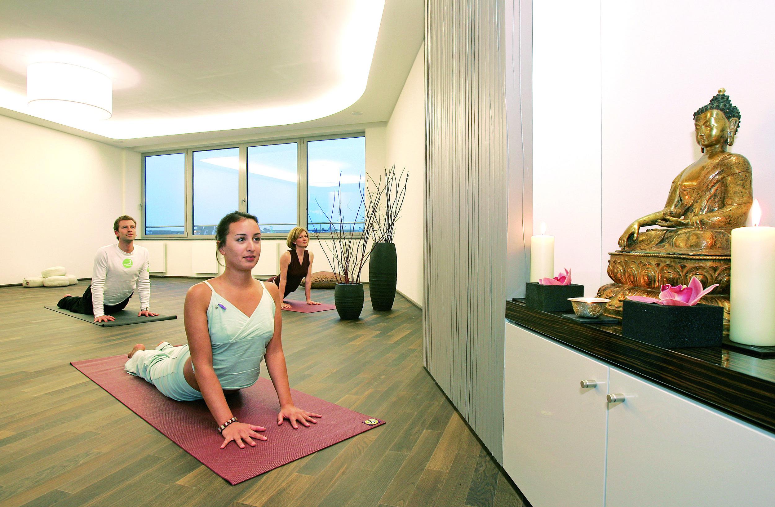 calm-yoga-spa.jpg