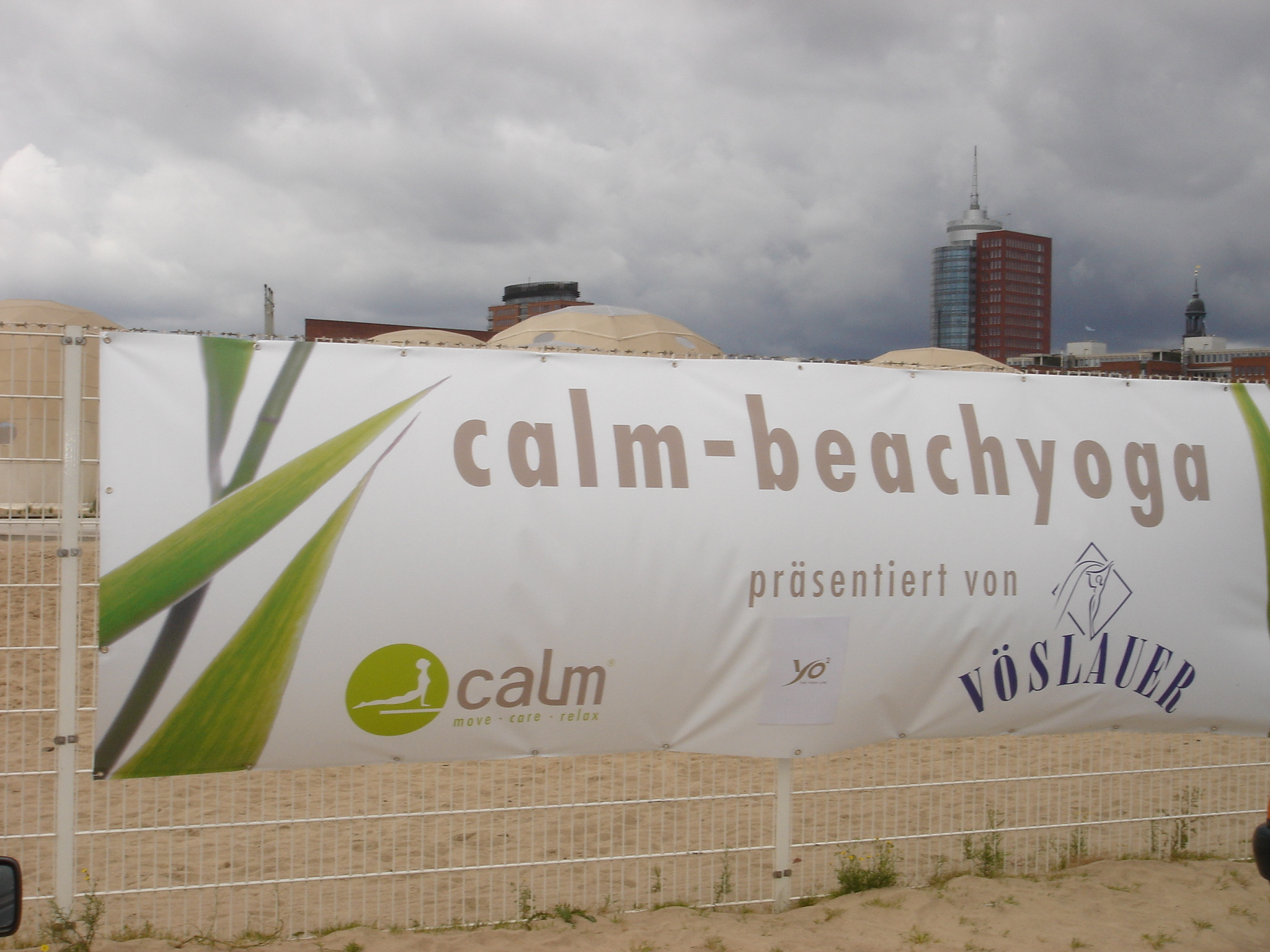 Calm Beachyoga Tage