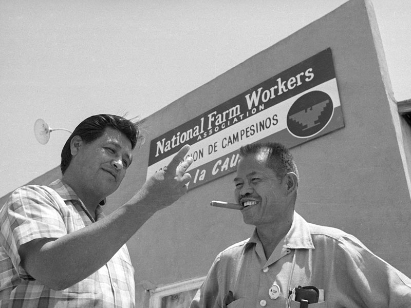 0706-larry-itliong-with-cesar-chavez-p.jpg