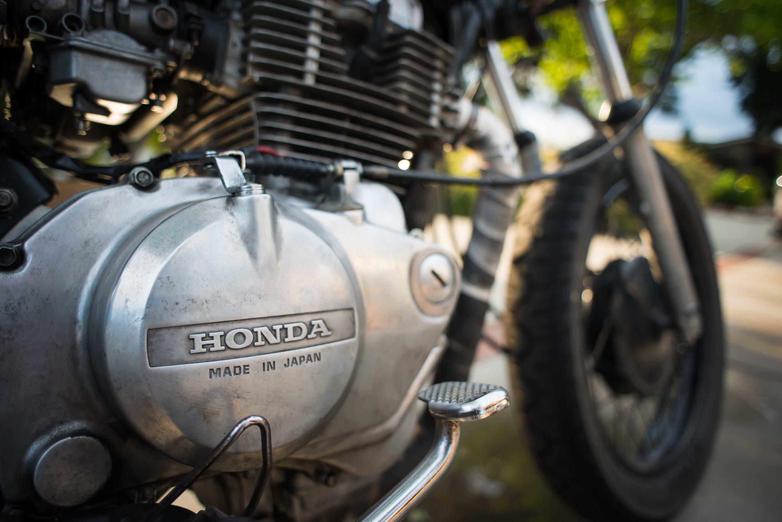 RickyRios_Motorcycle_HondaDetail_WebEdit.jpg