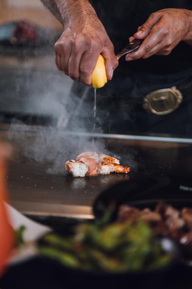 chef-hands-shrimp.jpg