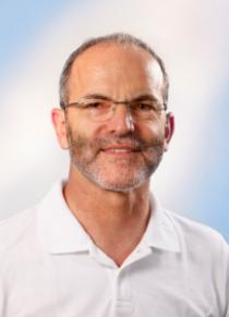 ▪▪▪▪   Dr. med. dent Rolf Kübler    Tätigkeitsschwerpunkte:   Implantologie    Parodontologie    ästhetische Zahnheilkunde