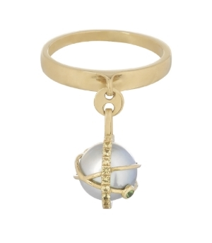 Laika charm ring with a rare grey Akoya pearl