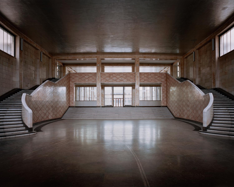 ig-farben-entrance-hall-june2014.jpg