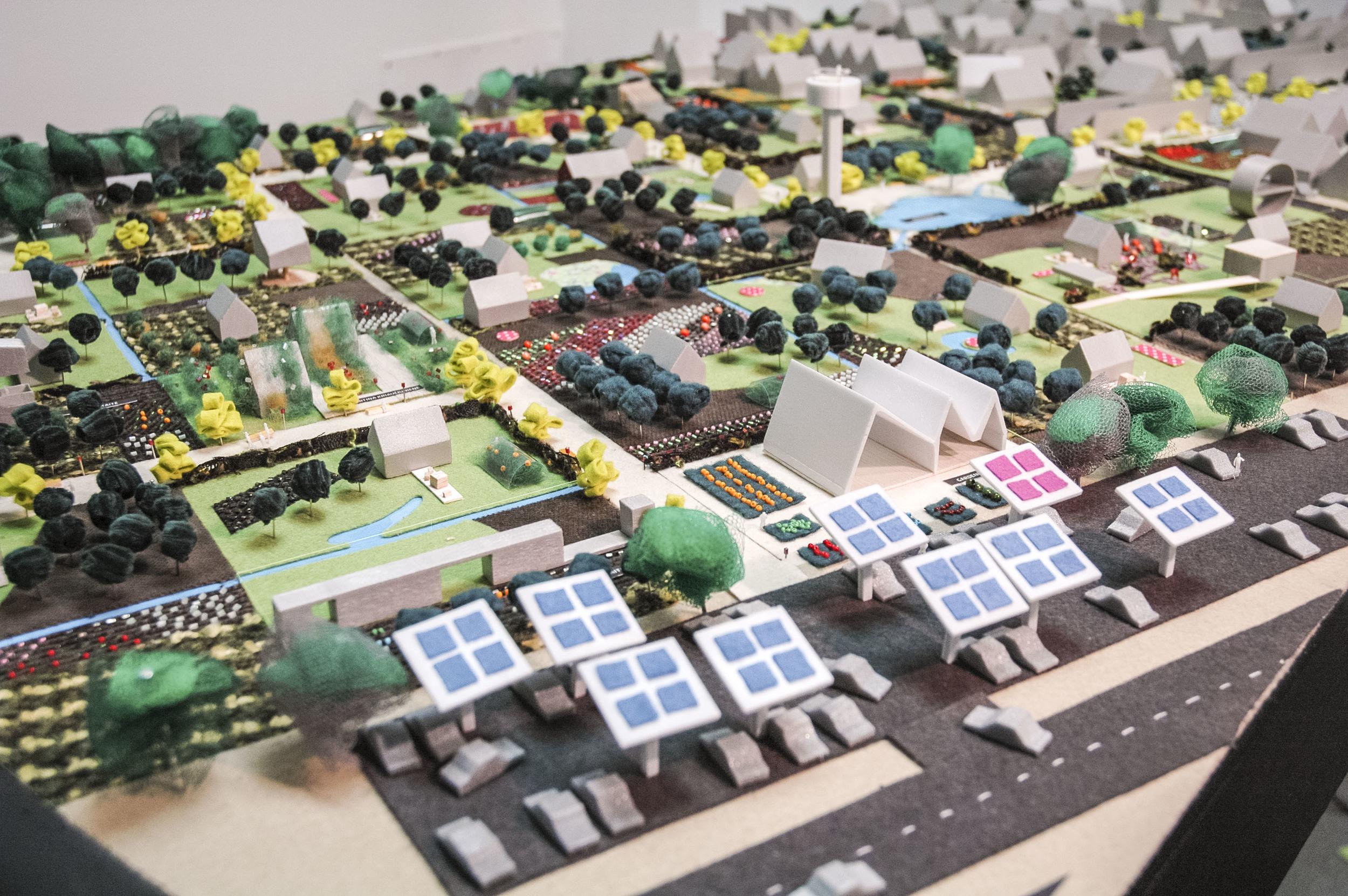 PUPA - Collective Gardens Revival - model (2).jpg
