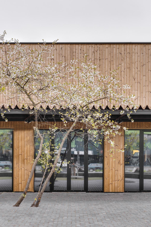 DO ARCHITECTS Foodcourt & square