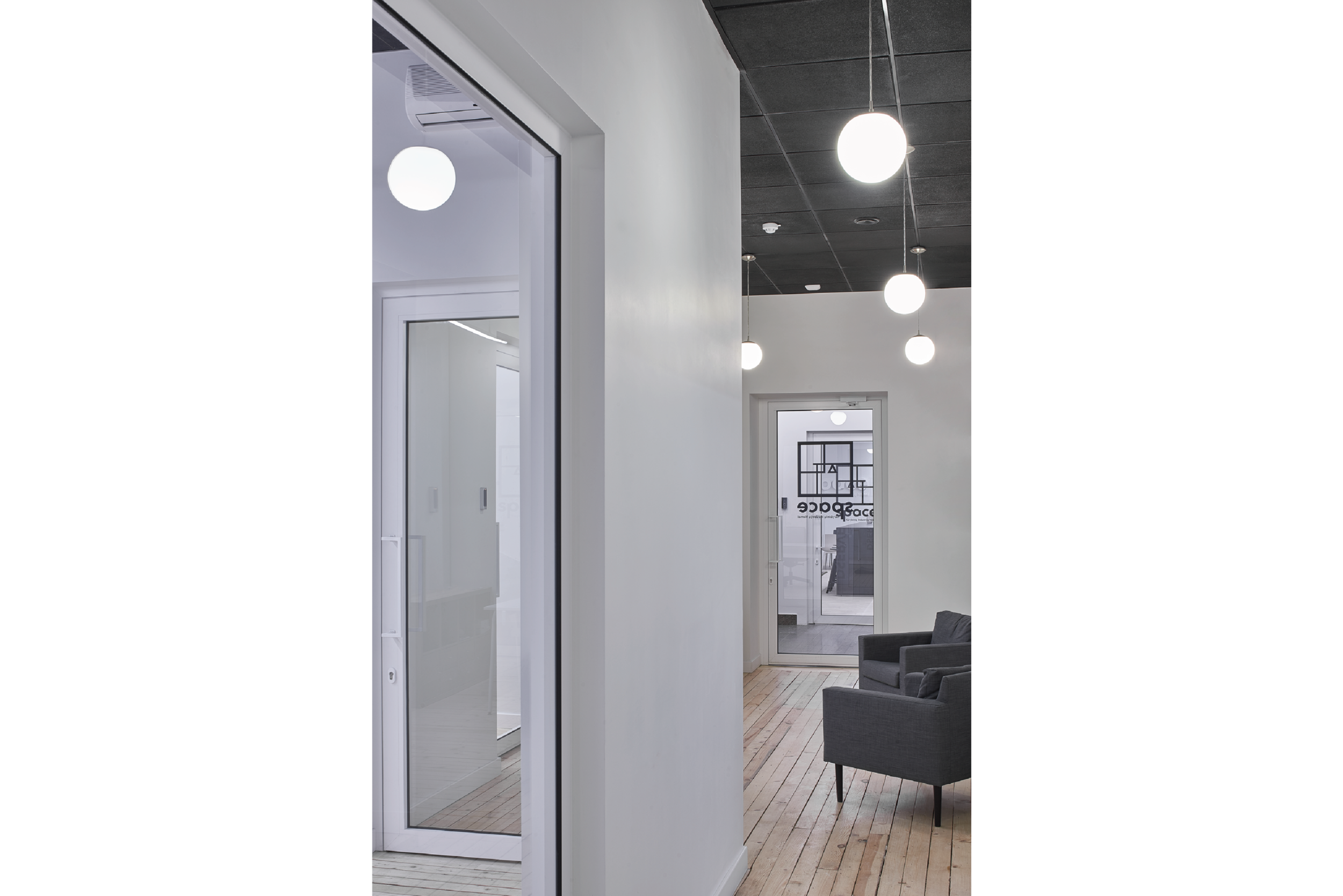 DOARCHITECTS_Islandia str.6._office-15.png