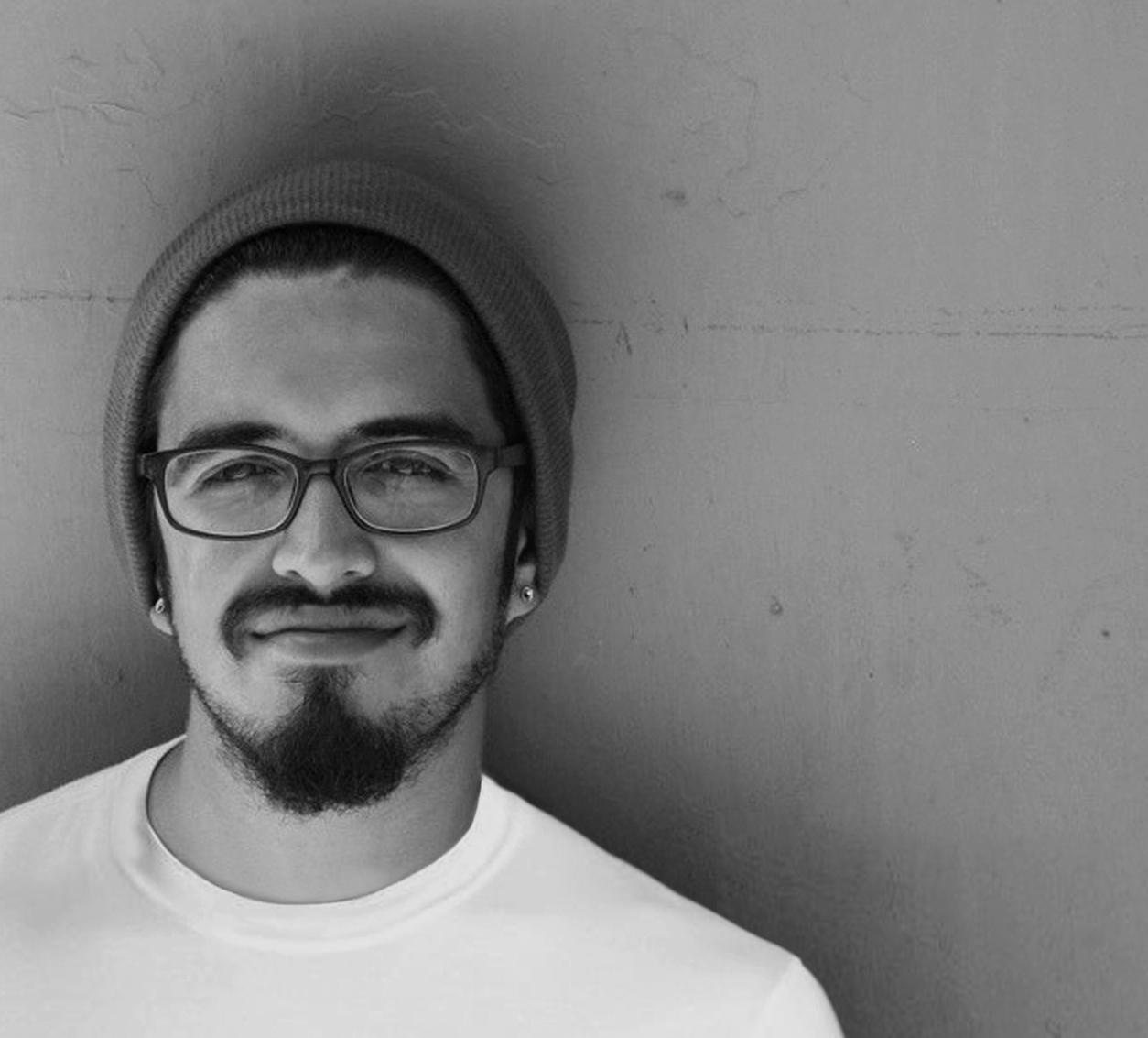 Omar Guzman  Visual Designer California