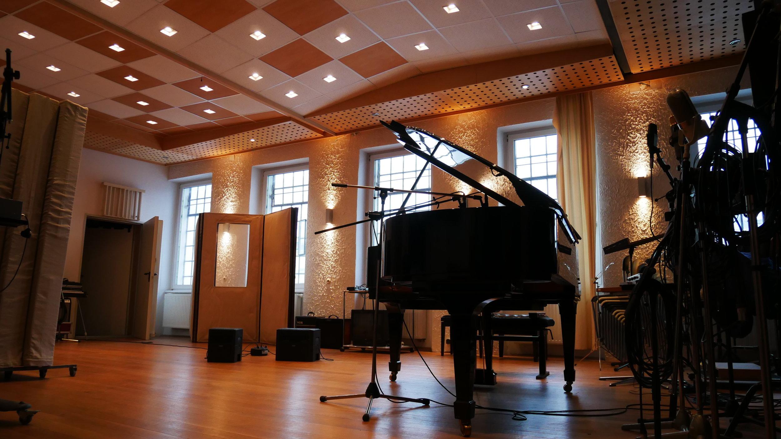 Steinway Piano at 4Tune studios, vienna - Loops de la Crème