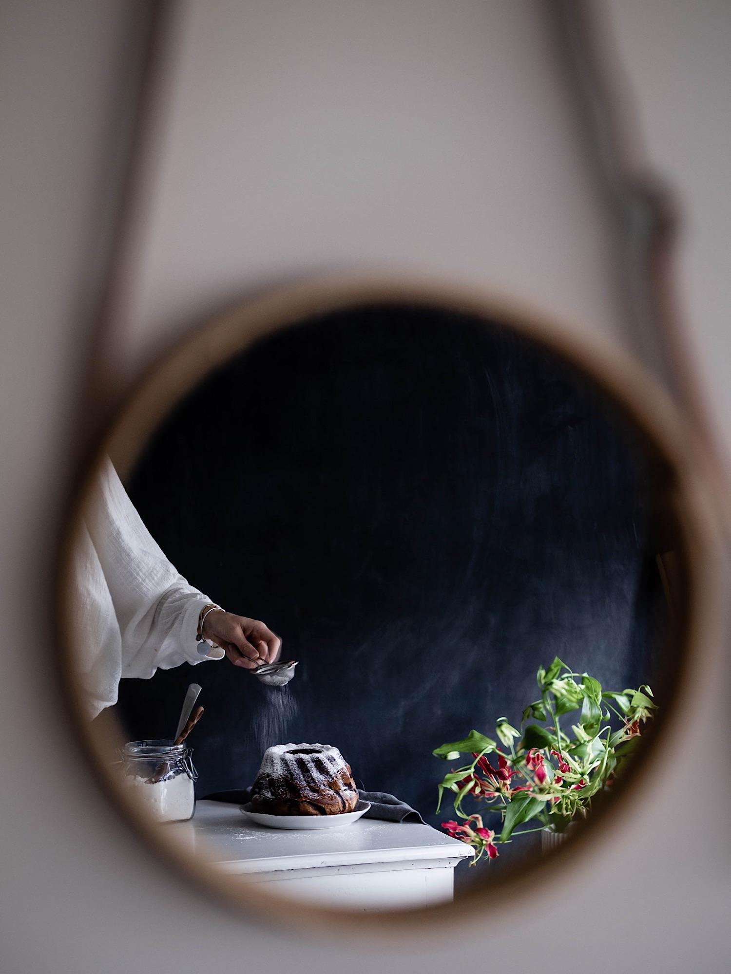 Mirror, Mirror  - Advanced |  Nicoletta Romei