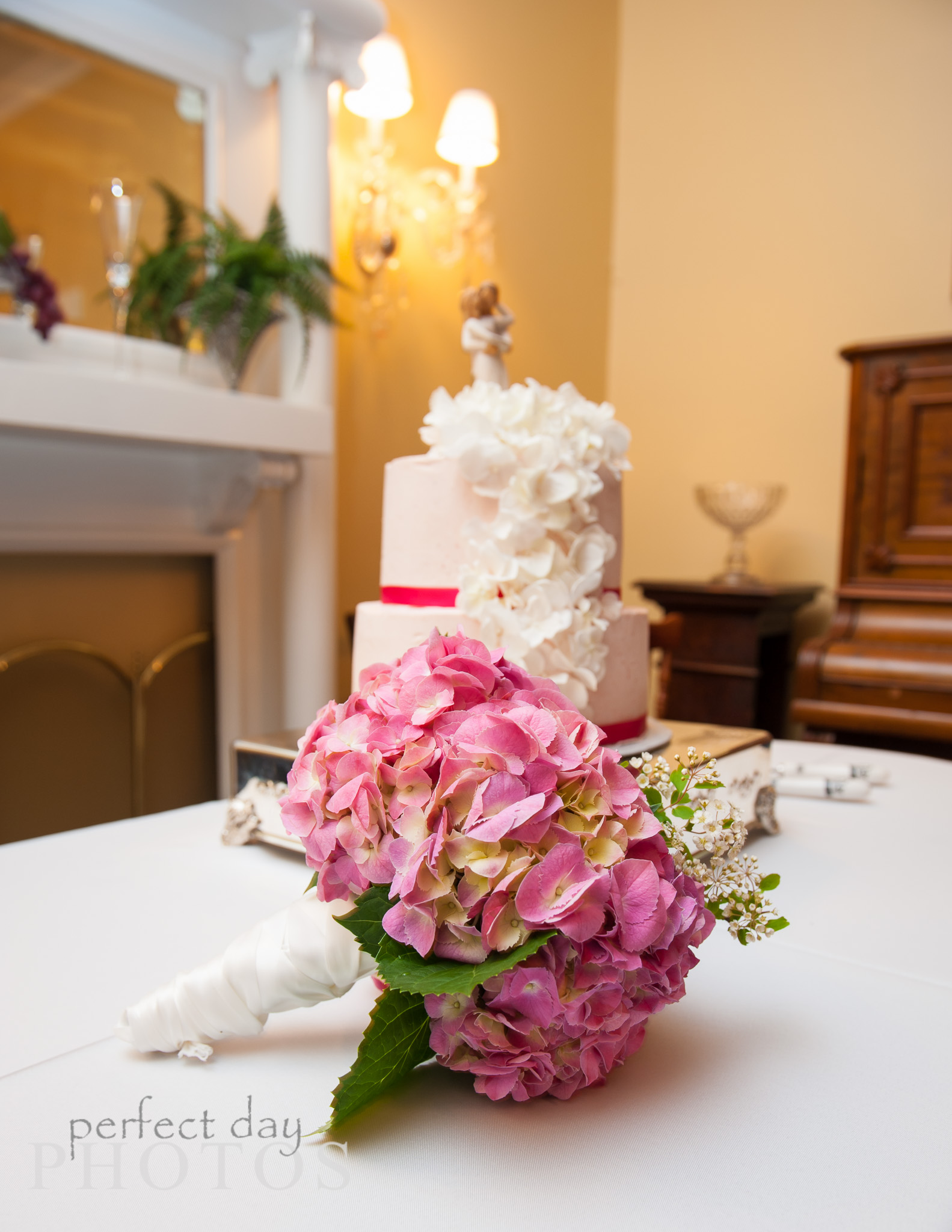 Floral flowers by Florist, bringing color to weddings since the beginning!