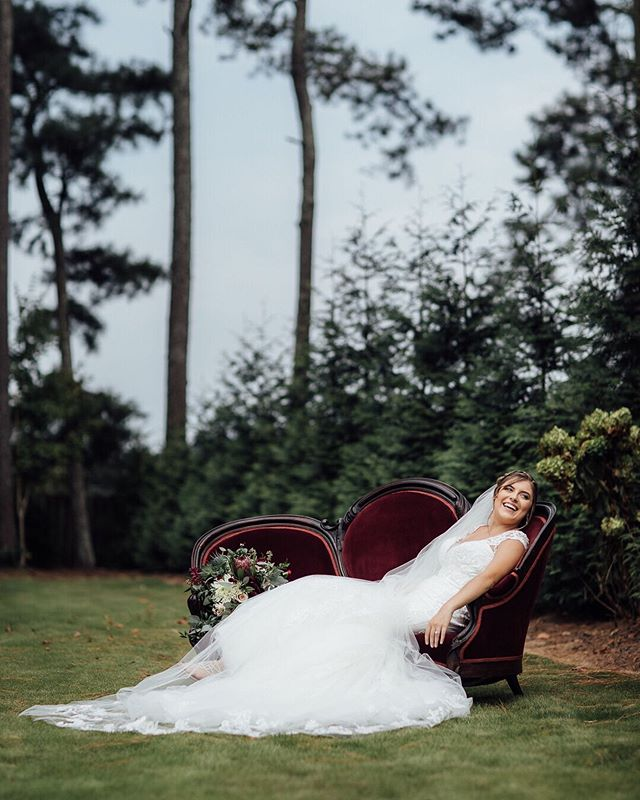 There's something about an antique couch and a beautiful bride that just makes me #swoon 😍 . . . . .  #luxamorephotography #chattanoogaweddings #chattanoogaweddingphotographer #chattanoogaweddingphotography #nashvilleweddingphotography #nashvilleweddingphotographer #nashvilleweddings #lovewins #southernbride #luxweddings #weddinginspiration #weddinginspo #weddingphotoinspiration #2020bride #lookslikefilm #weddingseason #magicalweddingphotography #romanticweddingphotography #fineartweddings #equallywed #lgbtqweddingphotographer #elopementphotographer #southerncharm #canon #antiques #weddingdress #beautifulbride