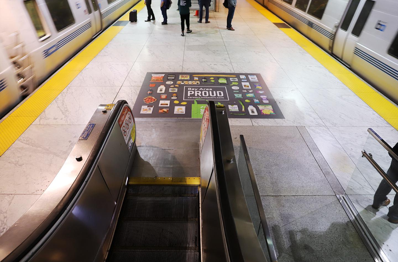 FloorGraphic_Escalator_LR.jpg
