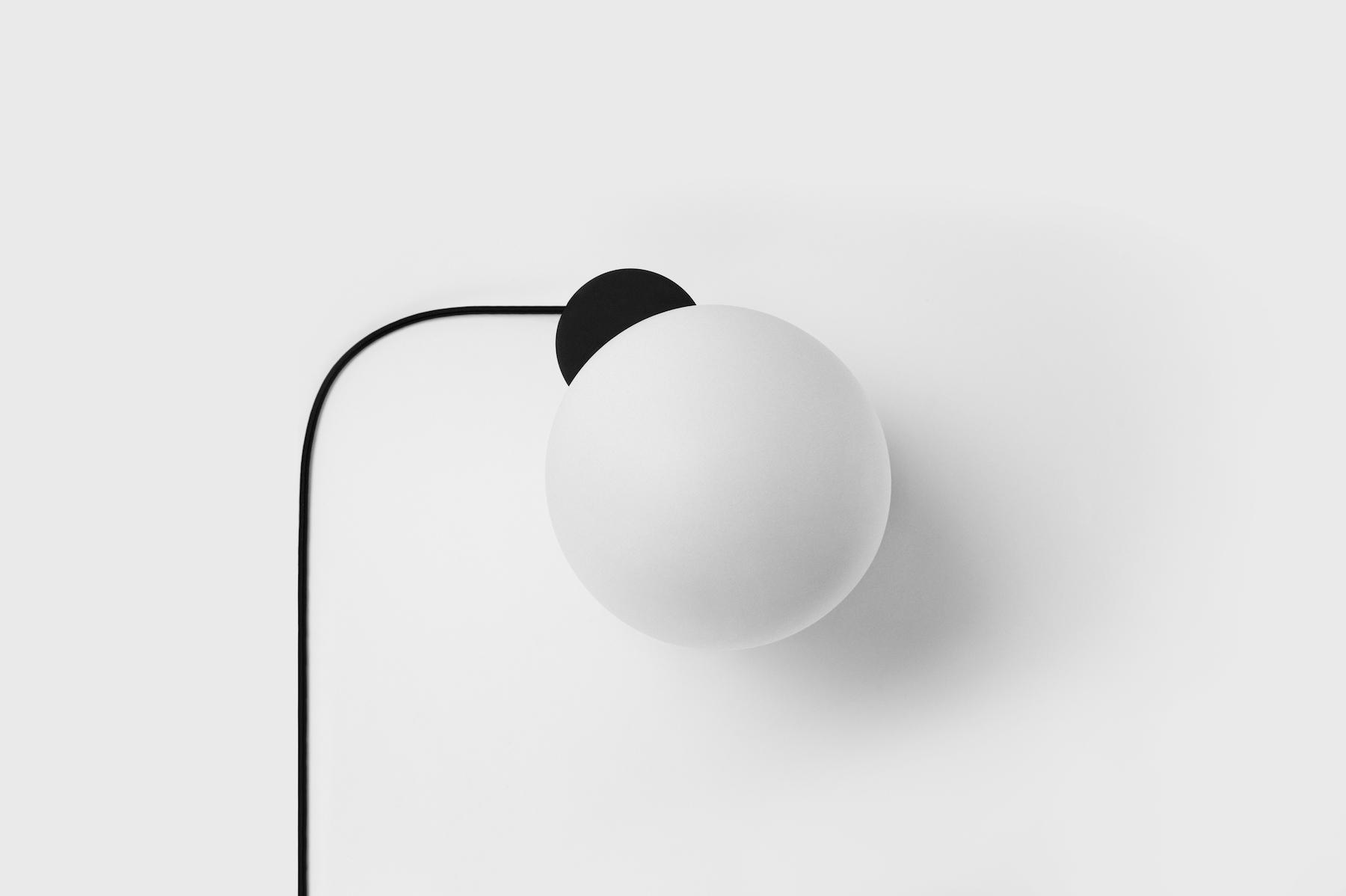 Lu-Lamp-by-Alissa-Coe-Lera-Moiseeva_01.jpg