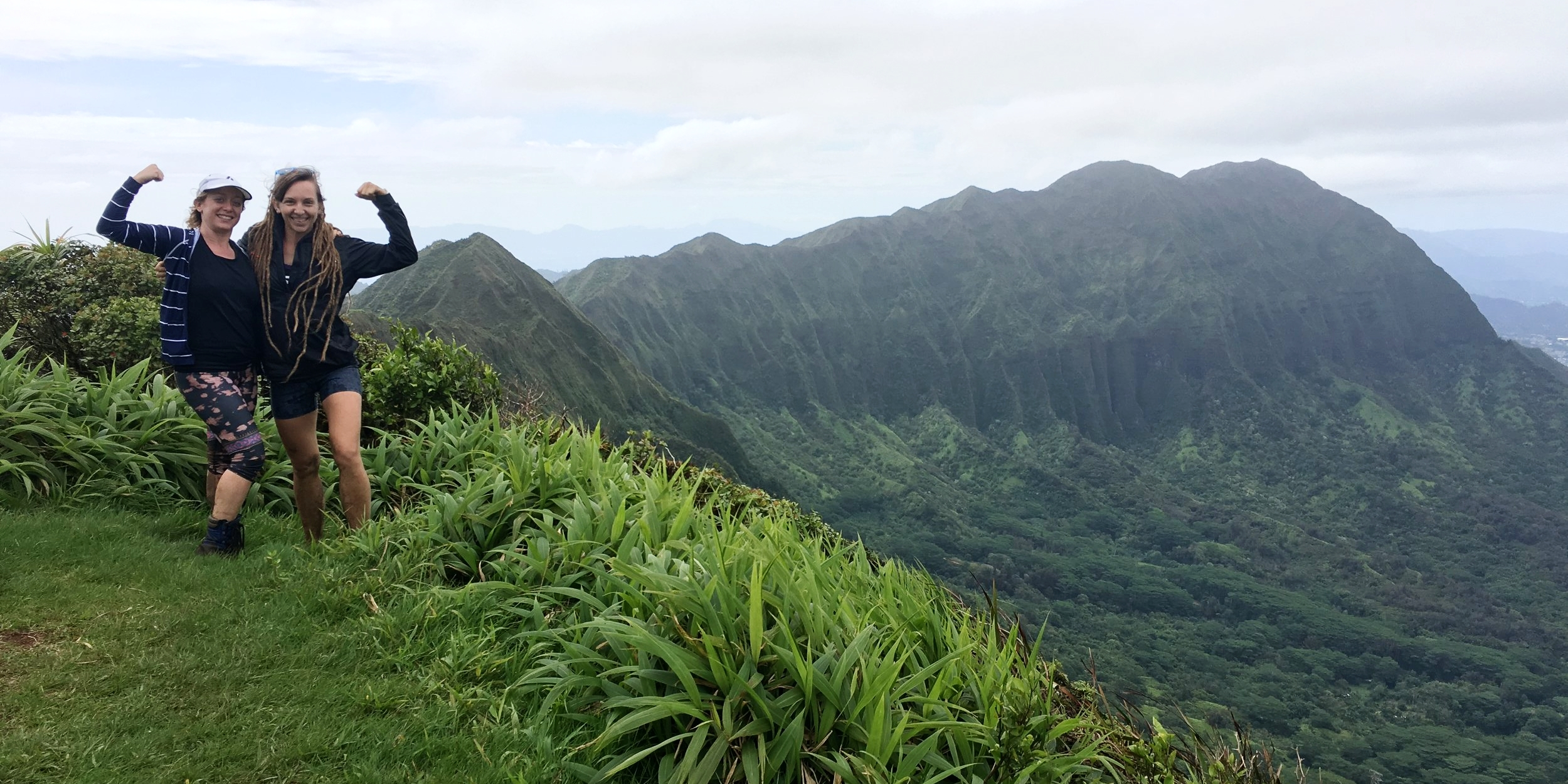 lanipo ridge hike hawaii