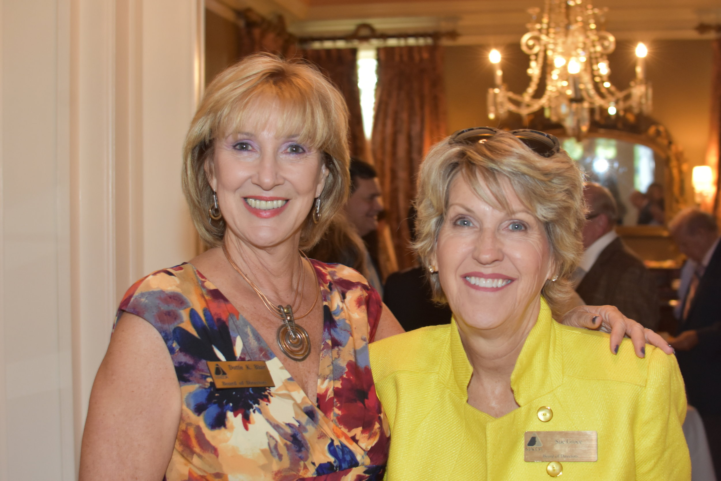 3-Dottie Blair-Donor Recognition Committee Chair with Sue Groce- MACOA Ex-Officio Board member.JPG