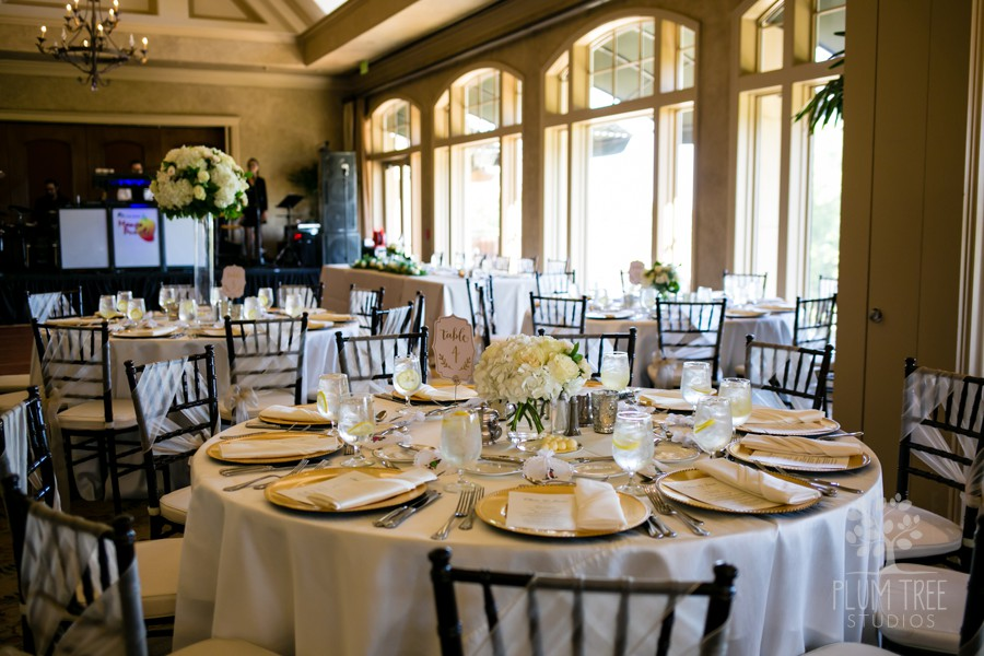 Neutral Wedding Colors | Wedding reception in Houston