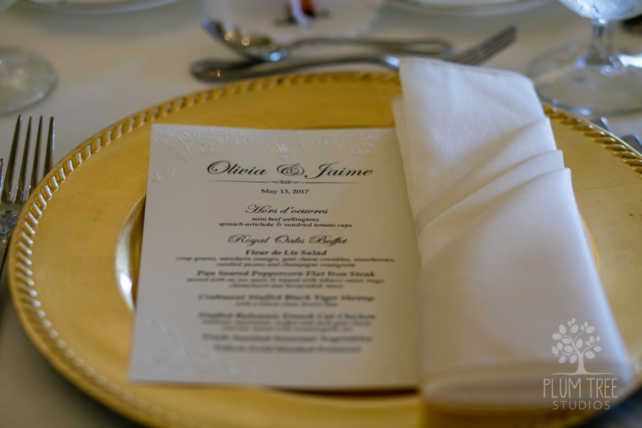 Wedding Place Setting | Gold Charger and Ivory napkin