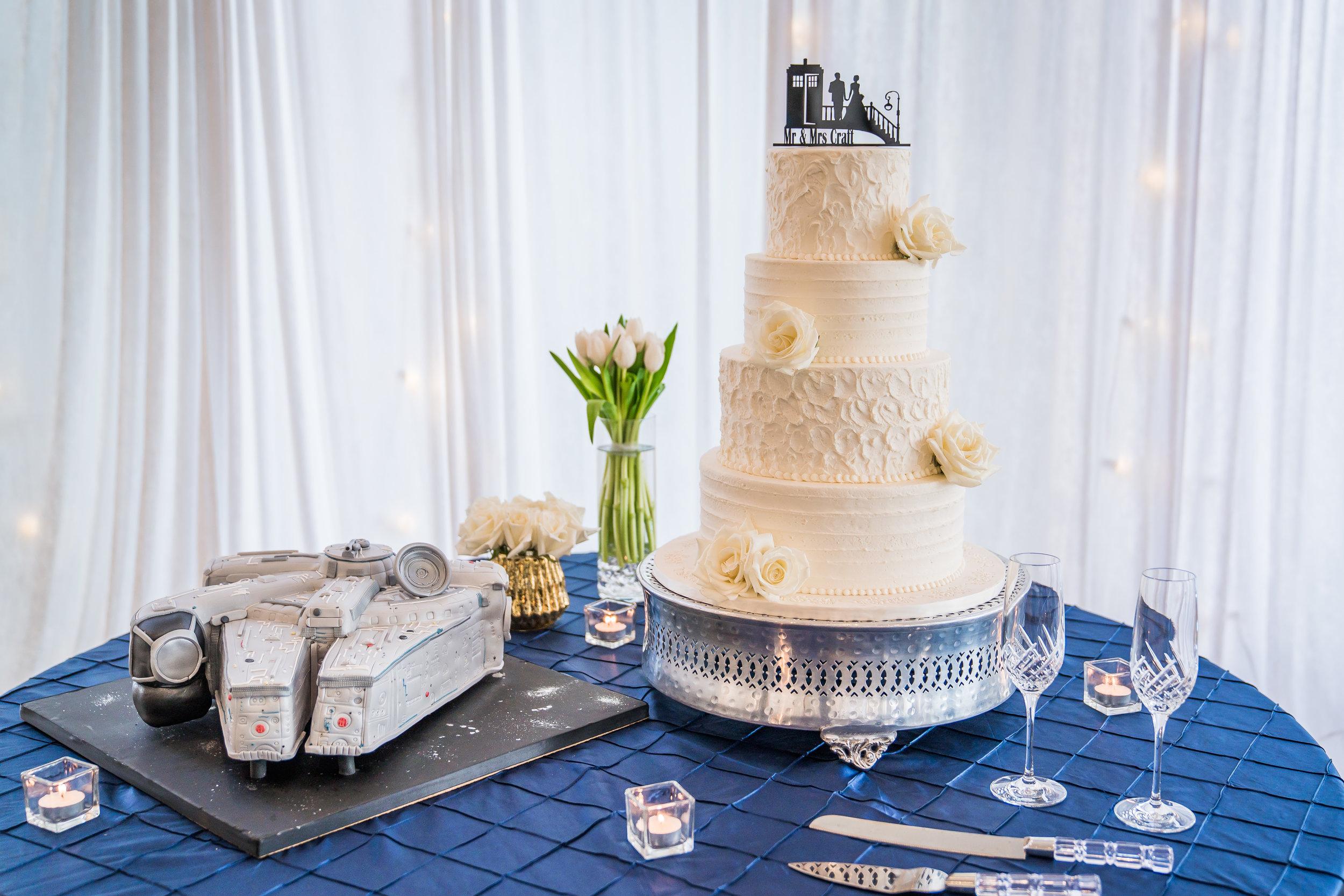 Cakes by Gina | White wedding Cake | Modern Wedding | Houston Wedding Planners