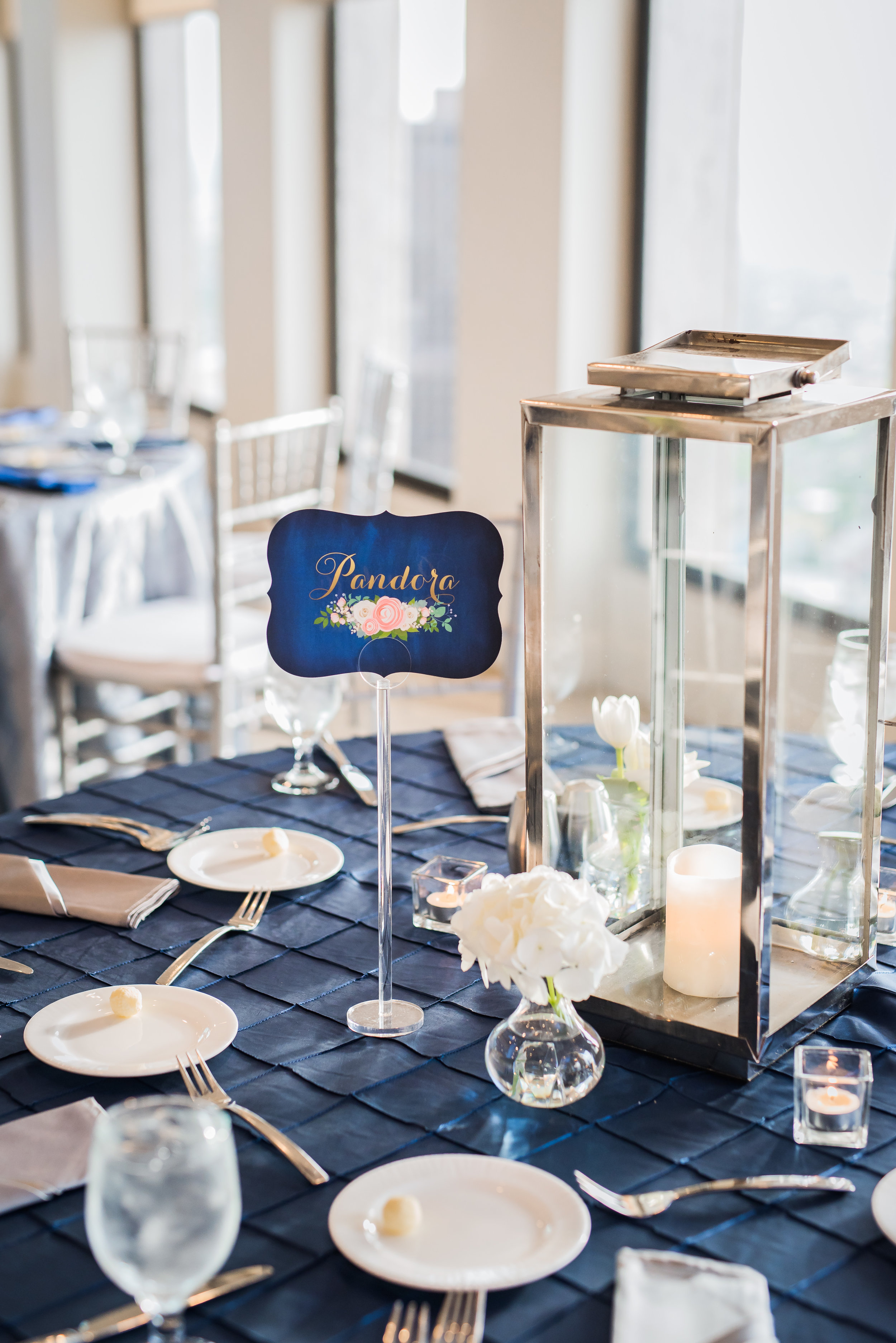 Dr. Who Inspired Wedding at the Houston Club | Houston Modern Weddings | Plan Our Day Houston Wedding Planners