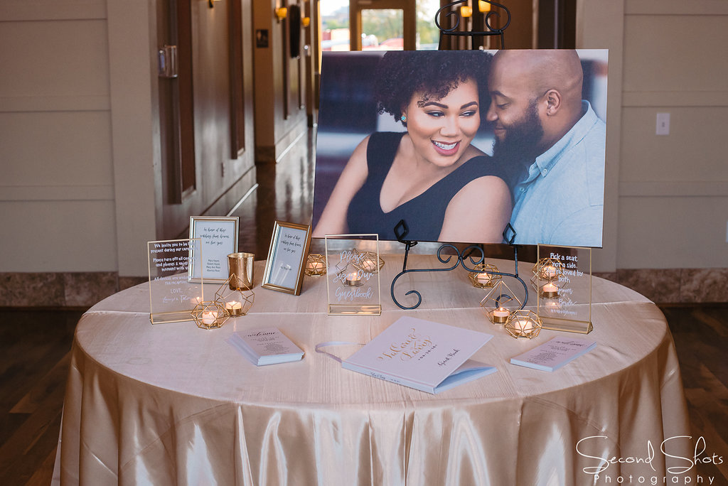 Welcome Table Ideas|Noah's Event Venue|Hoston wedding Planners