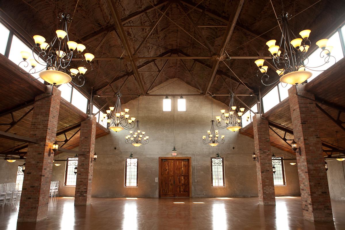 Historic Wedding Venues in Houston | Olde Dobbin Station