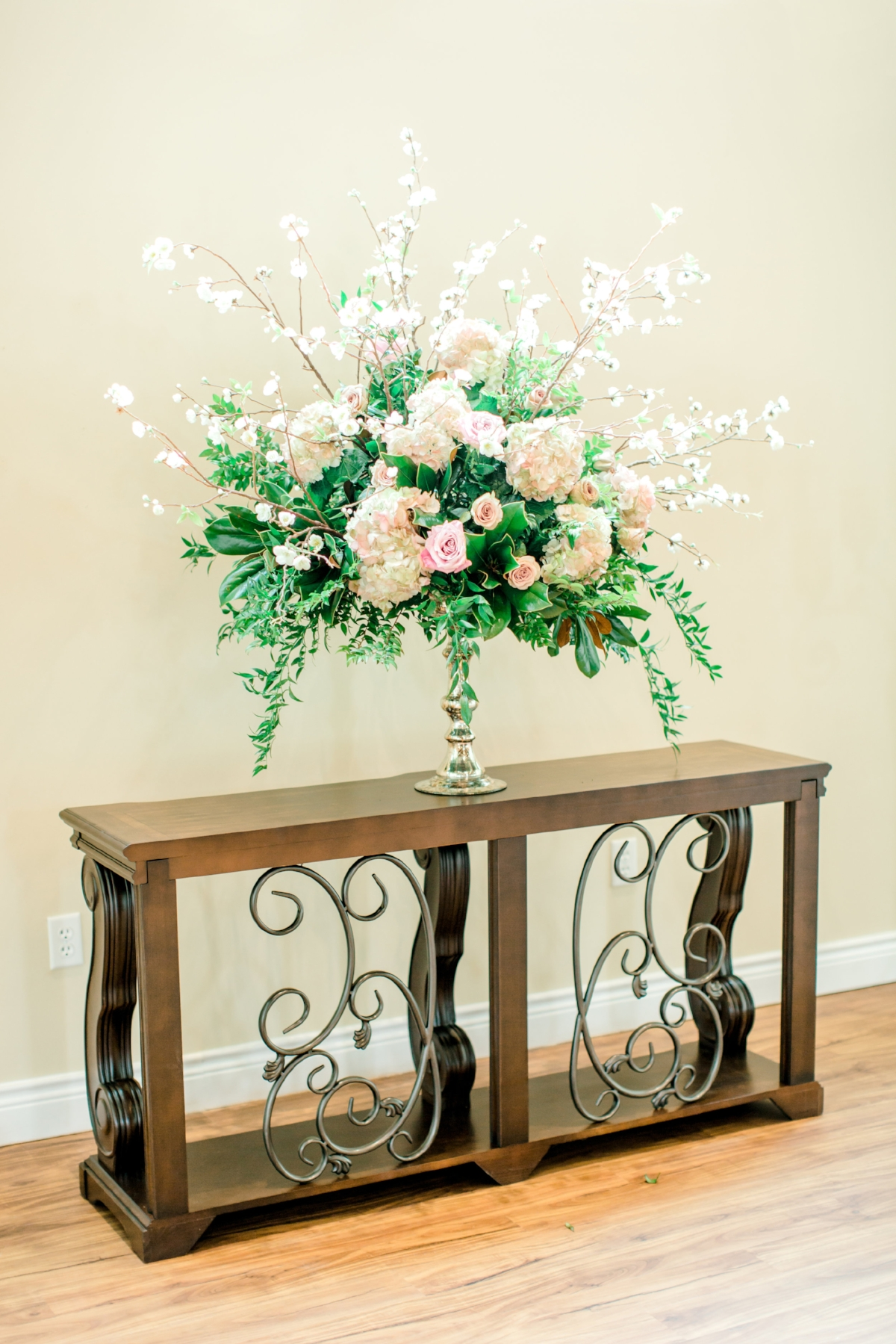 Wedding Altar Floral | Pink and Ivory Flowers | The Bloom Room & Southern Lace Estates Chapel