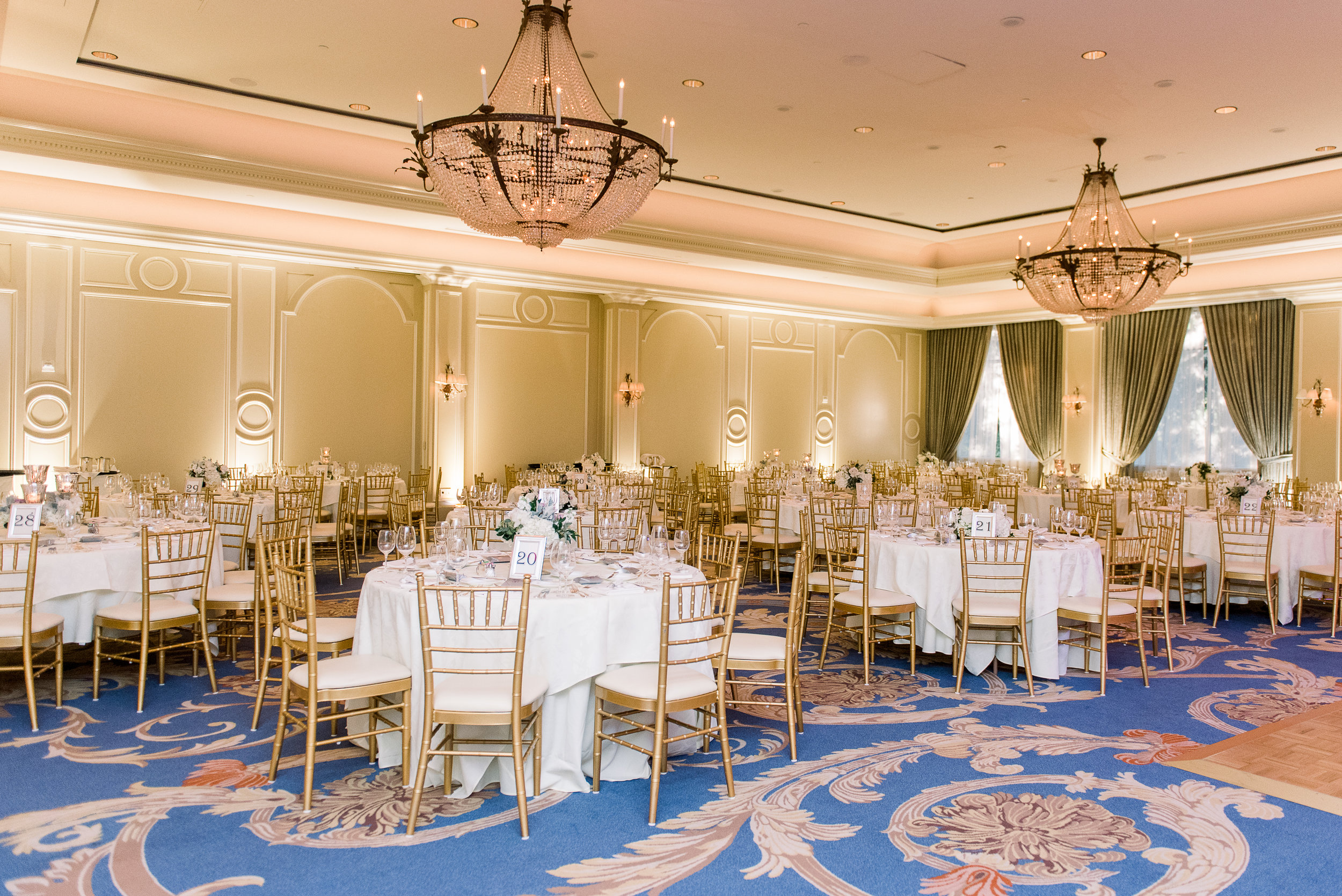 Blue and gold wedding reception| Houstonian Club Wedding
