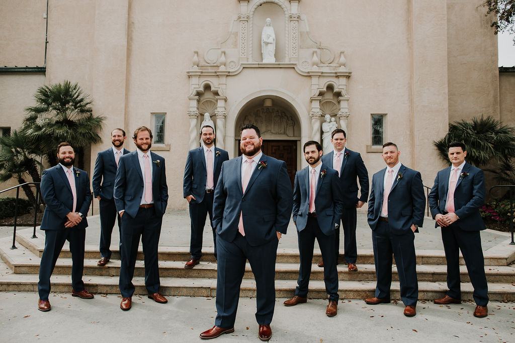 Groomsmen navy blue suits | Houston Weddings