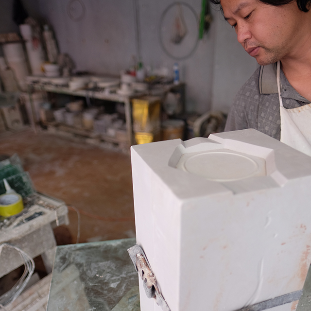 vase mold making.jpg