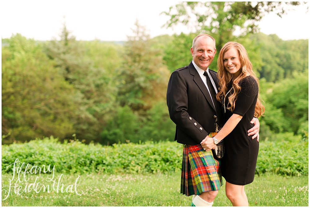 Tuckahoe Plantation Engagement Session-12.jpg