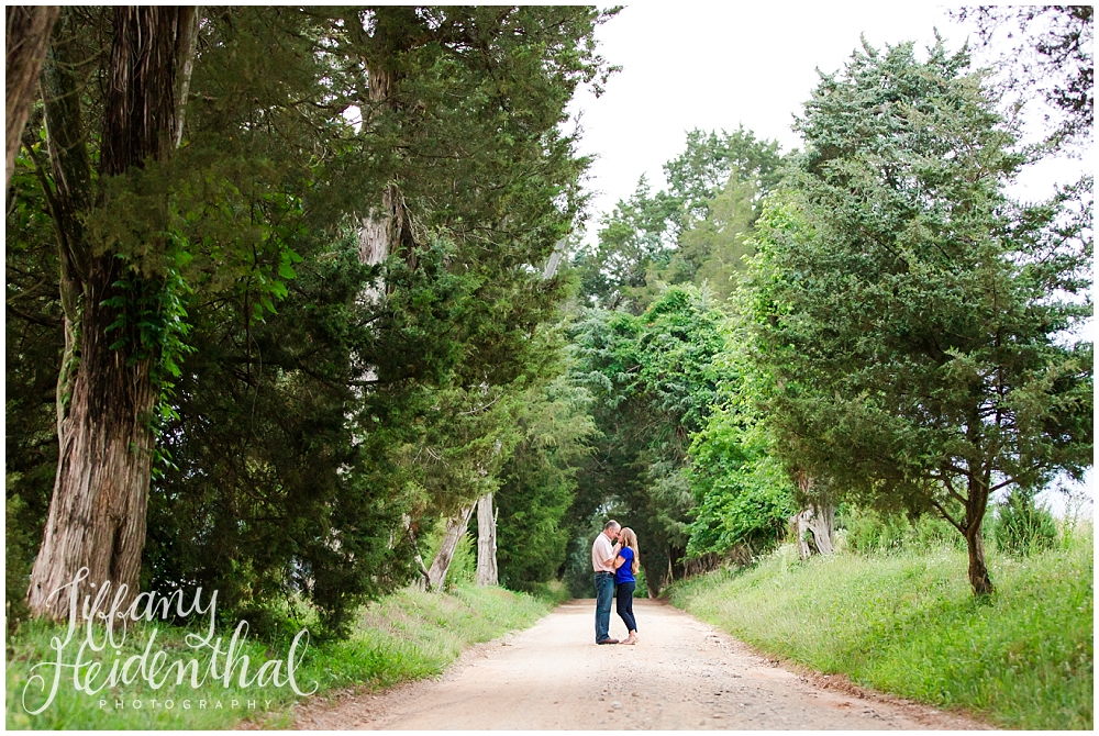 Tuckahoe Plantation Engagement Session-142.jpg