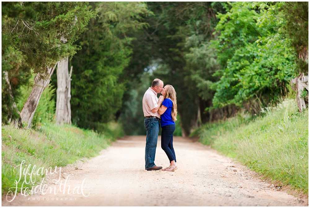 Tuckahoe Plantation Engagement Session-145.jpg
