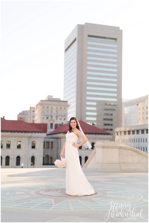 Richmond VA Capitol Bridal Portraits_0071.jpg