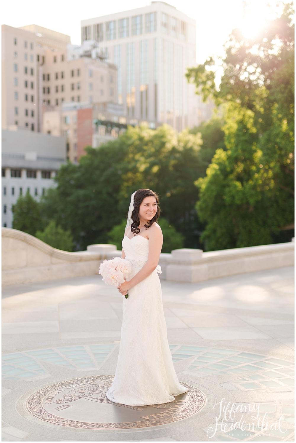 Richmond VA Capitol Bridal Portraits_0072.jpg