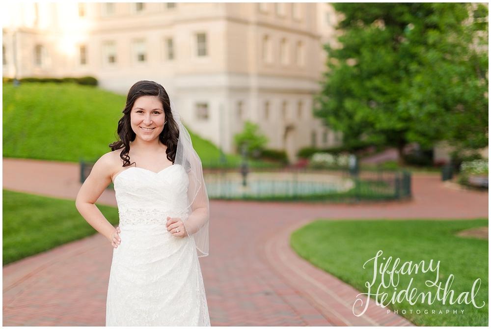 Richmond VA Capitol Bridal Portraits_0082.jpg