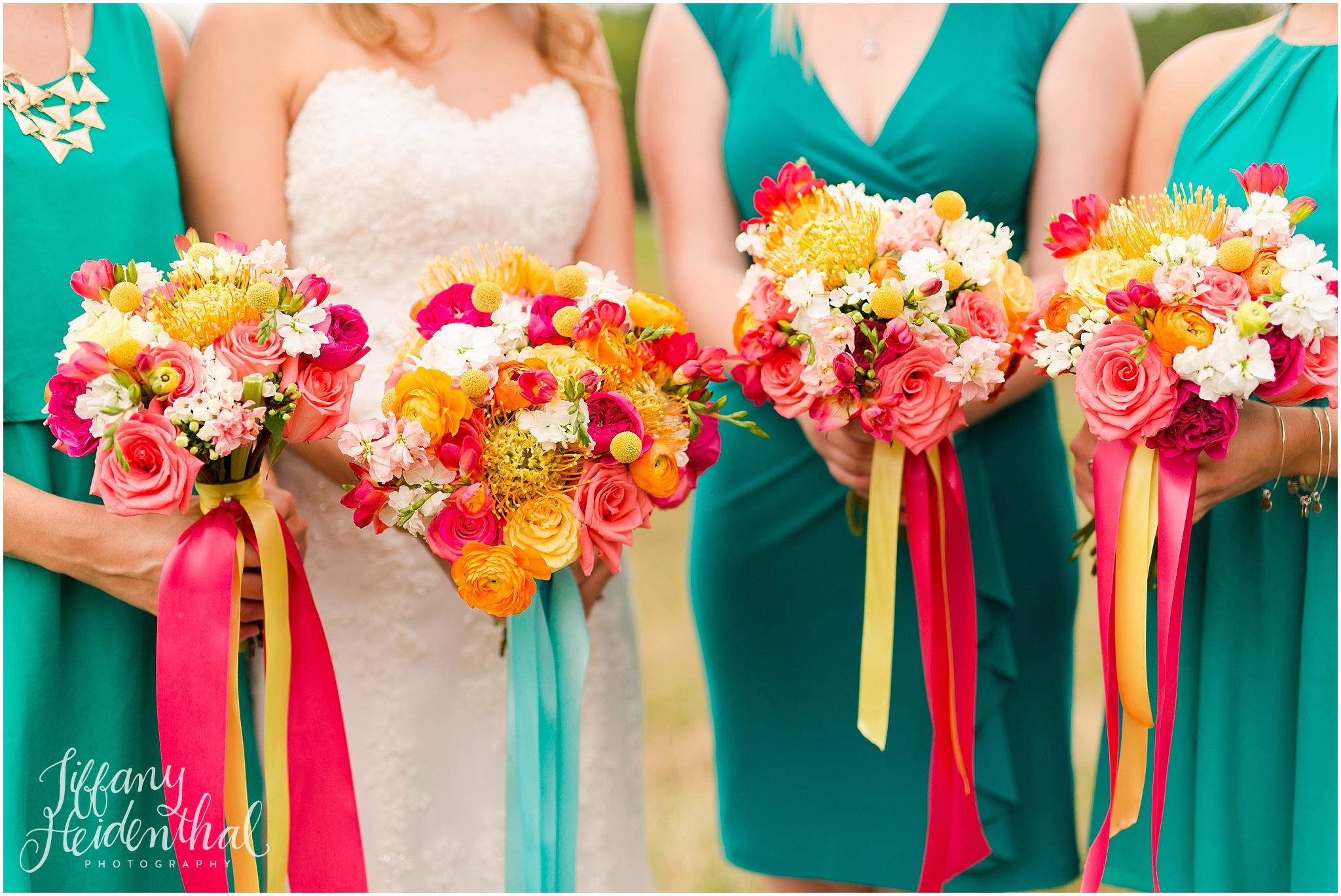bright colorful virginia wedding_0018.jpg