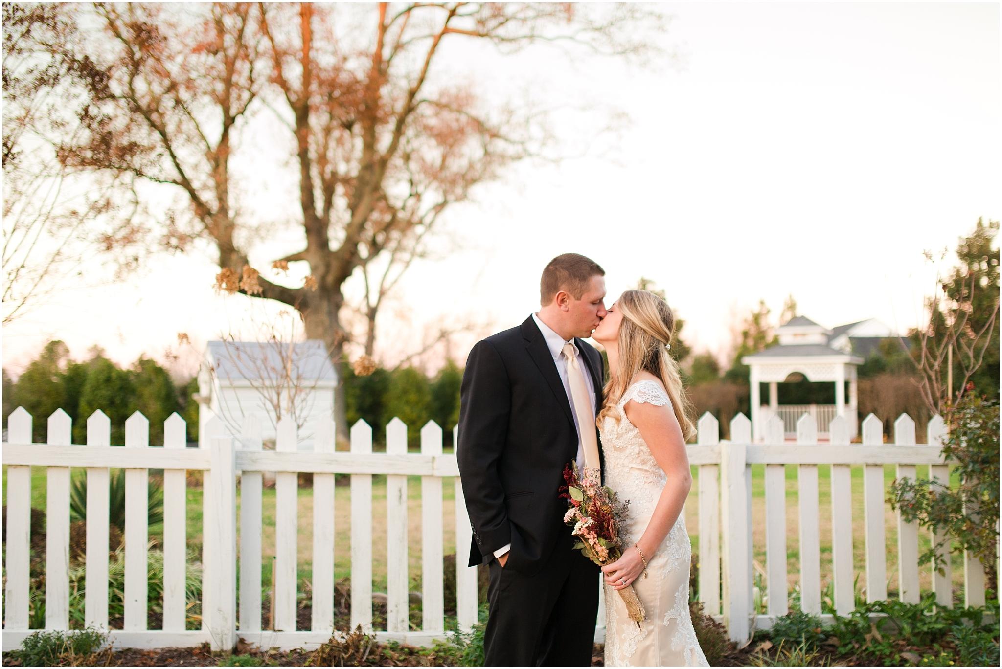 Amber Grove Wedding Photographer (23).jpg