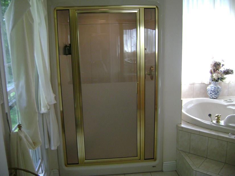 Framed Steam Enclosure with Panels