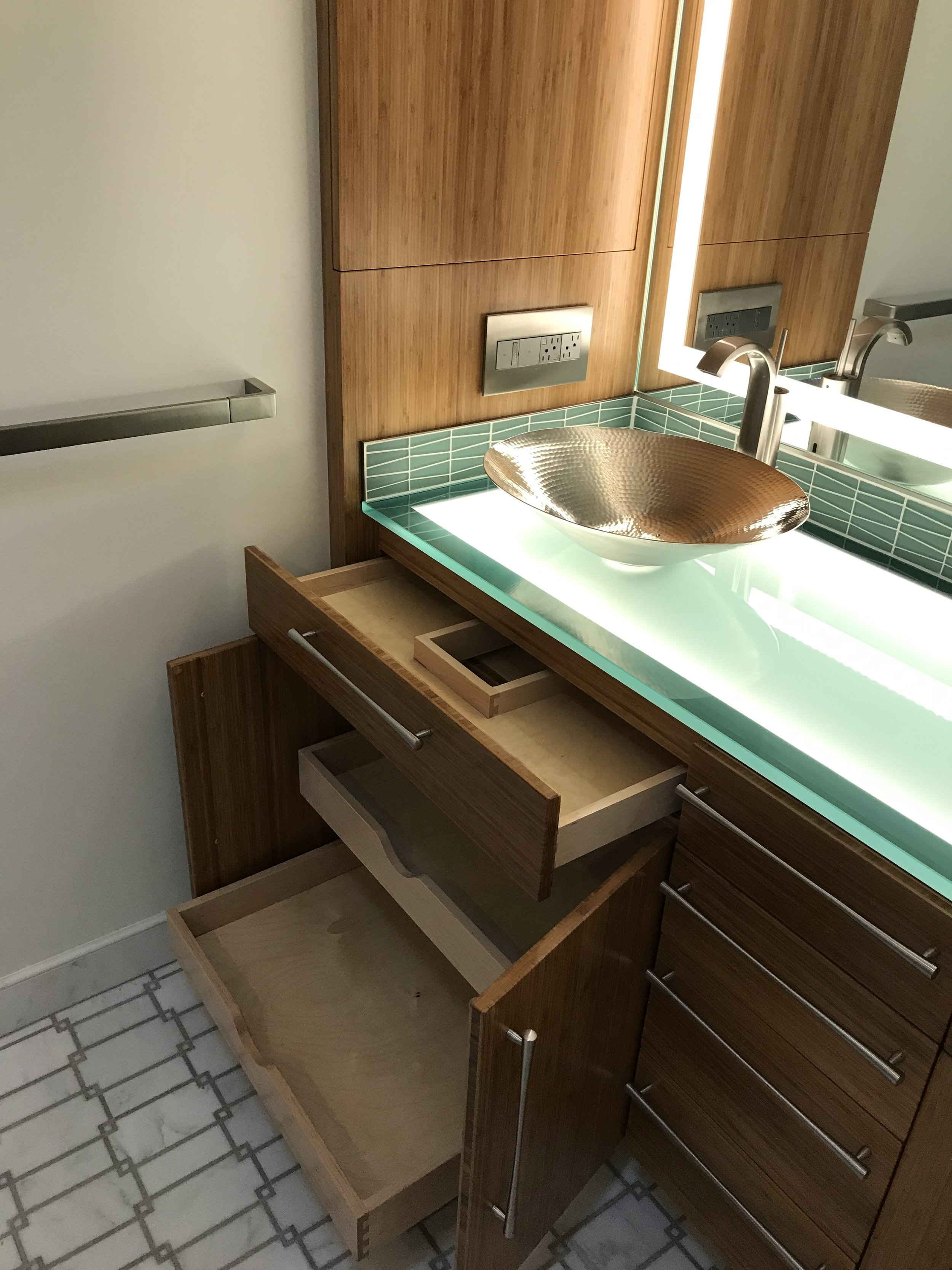 """Custom 3/4"""" frosted glass counter"""