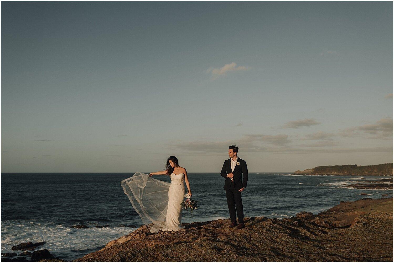 north-shore-maui-hawaii-elopement-at-the-sacred-garden-of-maliko-by-naomi-levit_0055.jpg