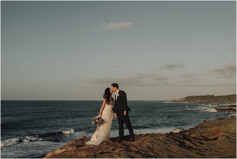 north-shore-maui-hawaii-elopement-at-the-sacred-garden-of-maliko-by-naomi-levit_0056.jpg