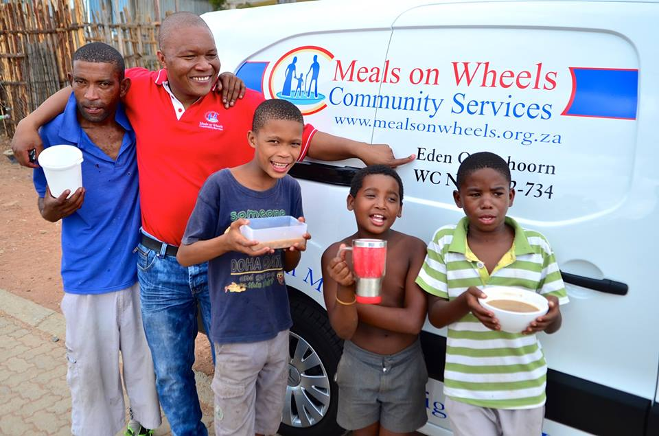 Western Cape Finance Director Simba Madzana delivering a new service vehicle to the Eden Meals on Wheels Branch in Oudtshoorn. (5 Feb 2015)